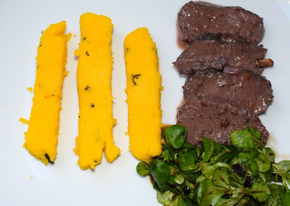 Venison roast with polenta sticks