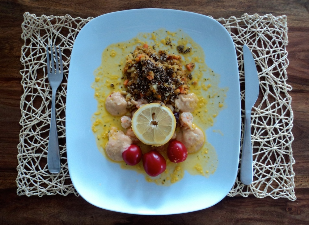 Exotic lentils with shrimps and salami